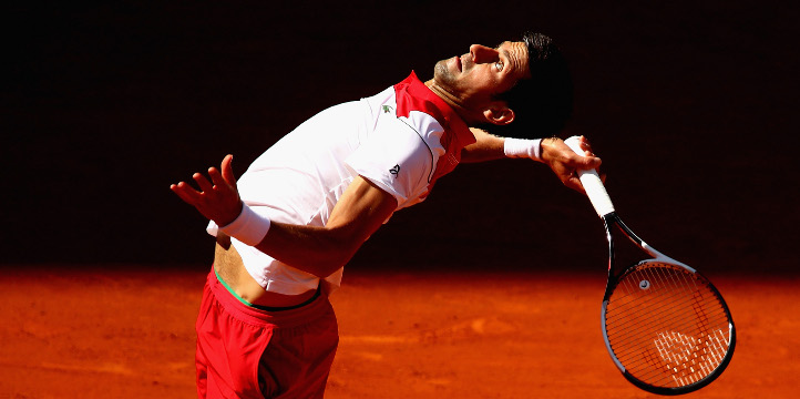 Video How Not To Smash A Ball By 12 Time Grand Slam Winner Novak Djokovic Tennis365 Com
