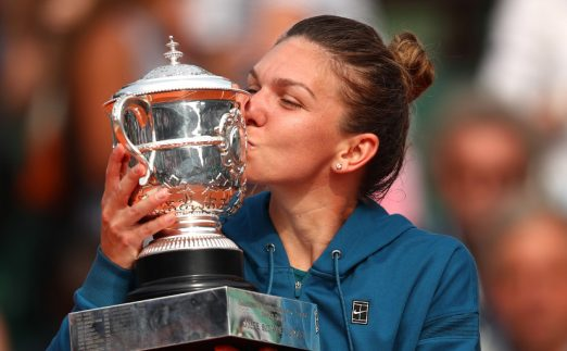 Simona Halep with French Open trophy