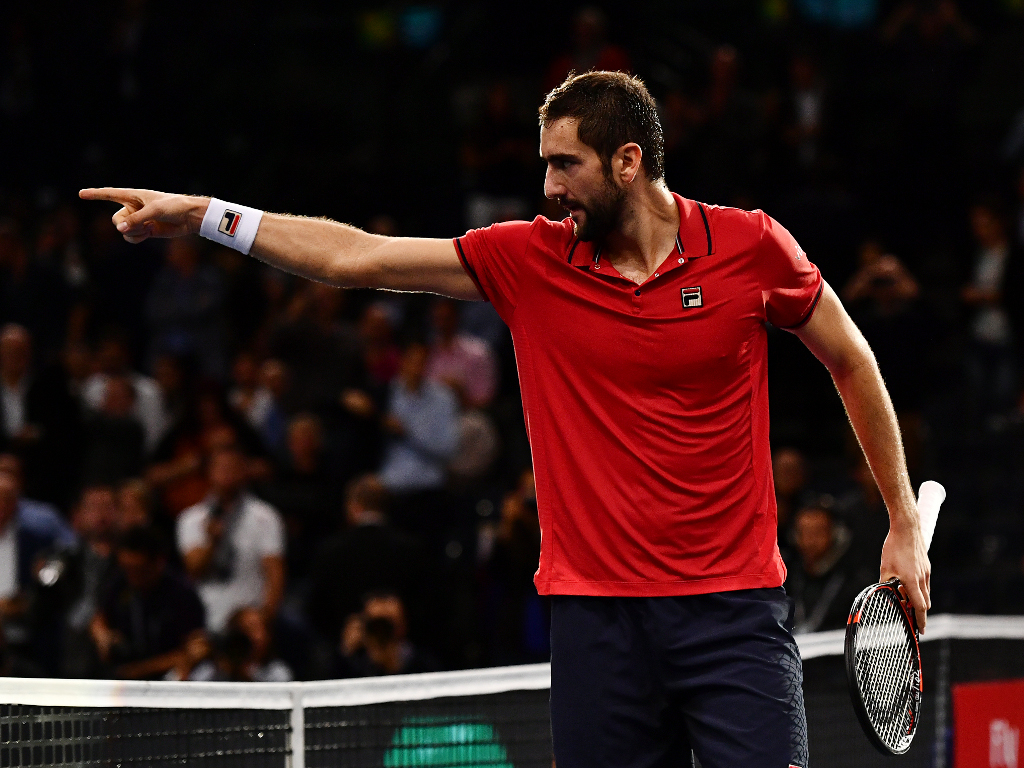 Marin Cilic pointing