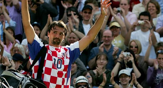 Goran Ivanisevic in Croatia shirt at Wimbledon in 2004
