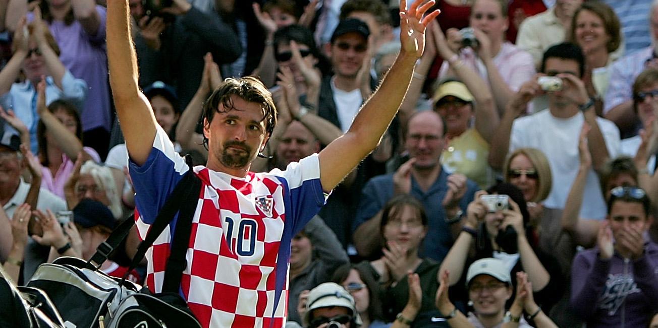 Goran Ivanisevic in Croatia shirt at Wimbledon in 2004