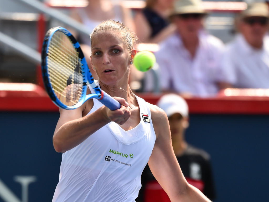 Karolina Pliskova forehand