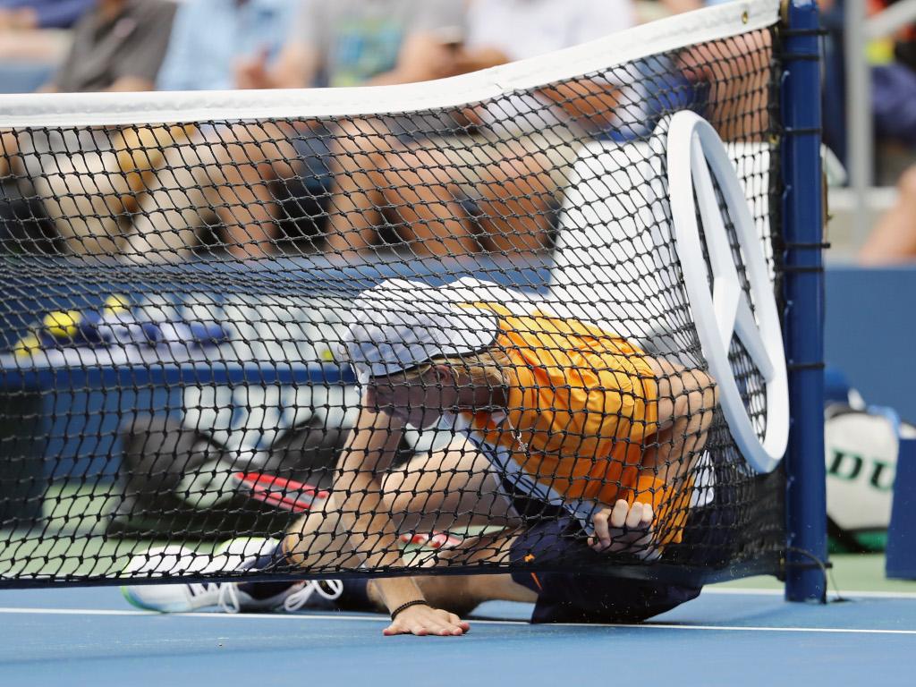 Denis Shapovalov hits the deck