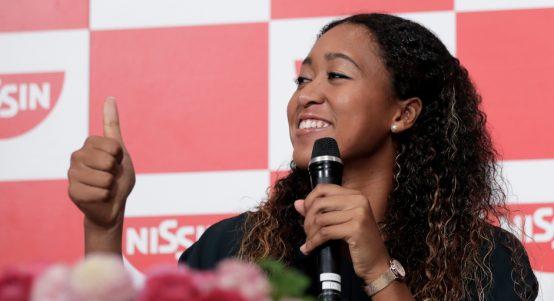 Naomi Osaka thumbs up