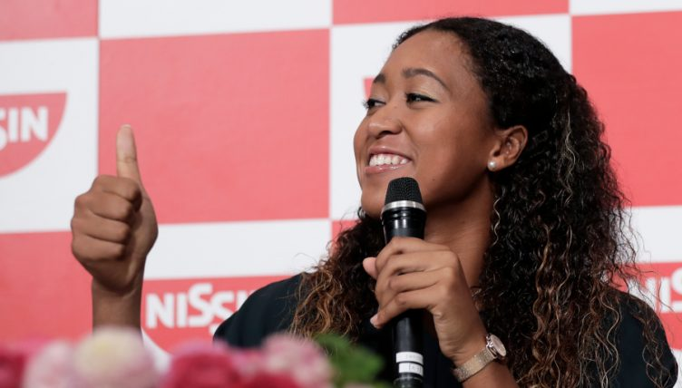 Naomi Osaka thumbs up