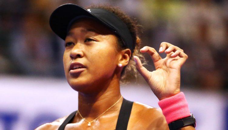 Naomi Osaka gesture