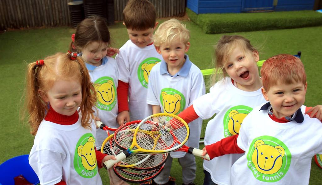 Teddy-Tennis-children