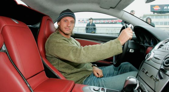 David Nalbandian in a car
