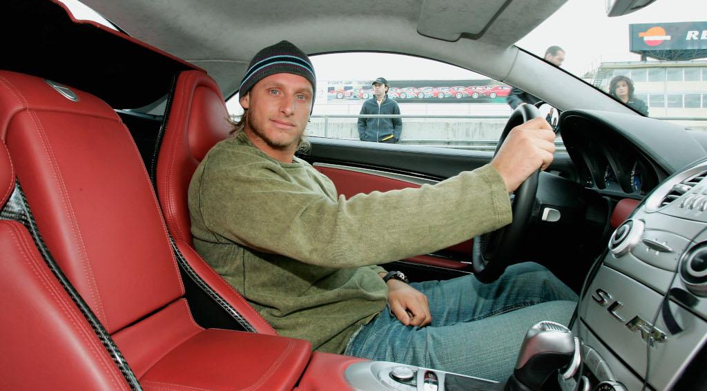David Nalbandian in a car