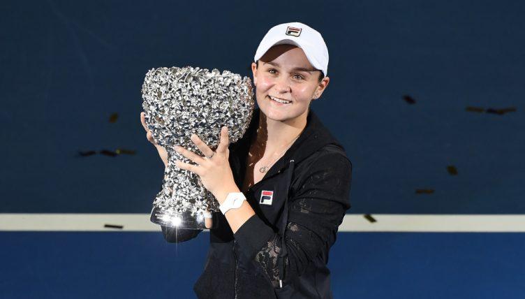 Ashleigh Barty with WTA Elite Trophy