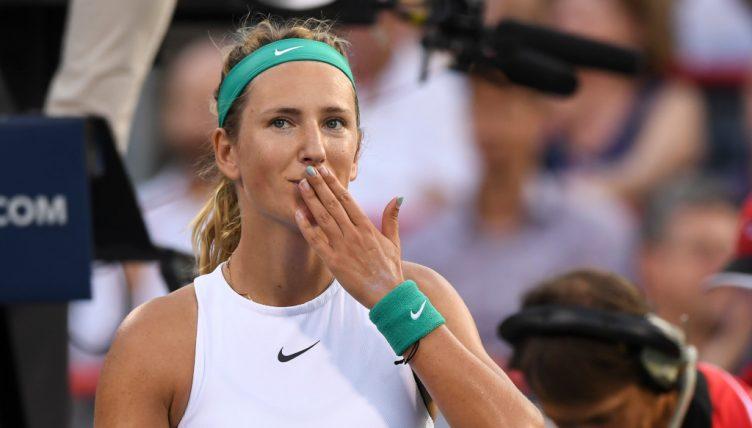 Victoria Azarenka blowing kisses