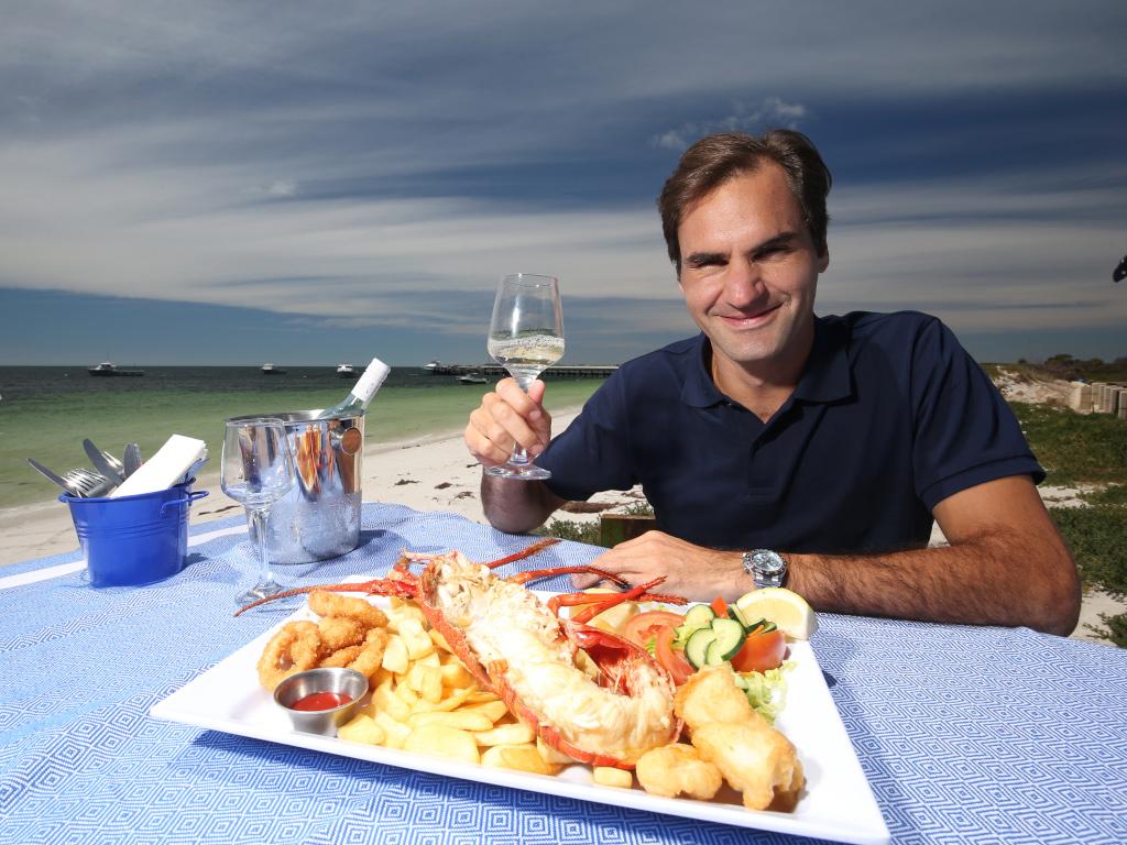 Roger Federer seafood feast in Cervantes