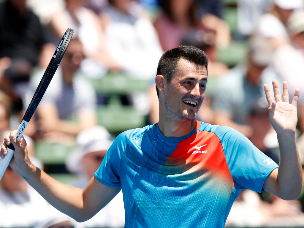 Lleyton Hewitt laughs off Bernard Tomic's 'no one likes you' attack