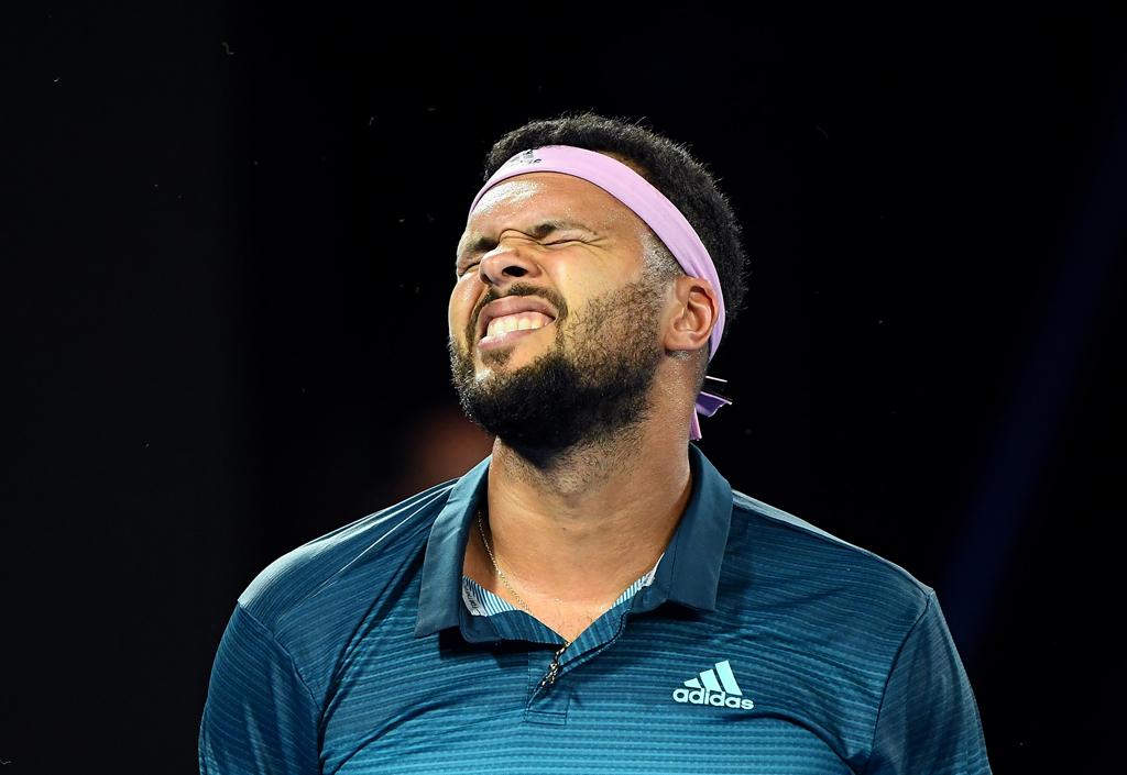 Jo-Wilfried Tsonga frustrated