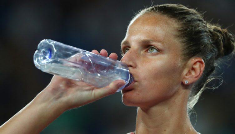 Karolina Pliskova takes a breather