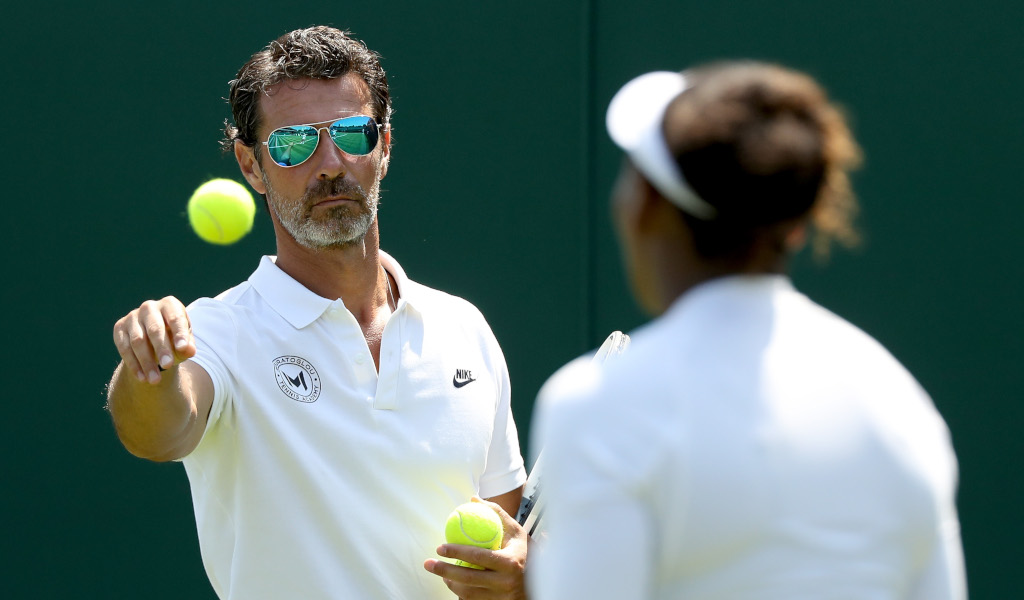 Patrick Mouratoglou and Serena Williams practice