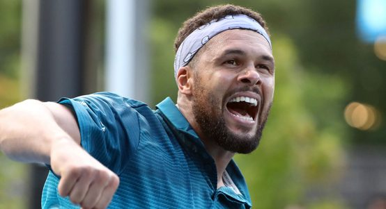 Jo-Wilfried Tsonga celebrating