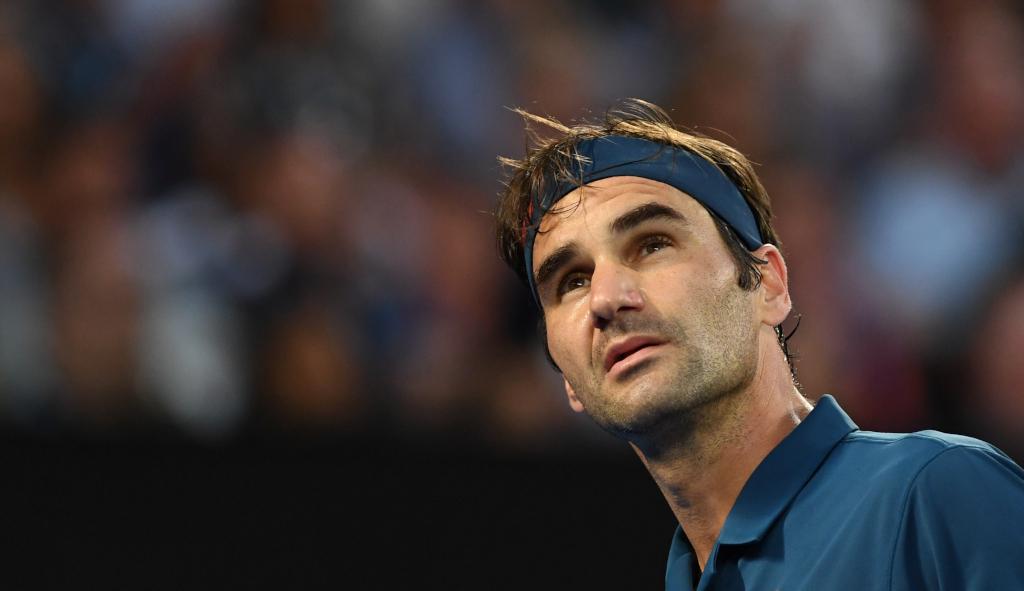 Roger Federer looking up