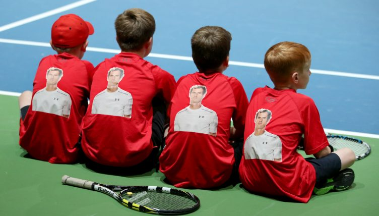 Young tennis players with Andy Murray shirts