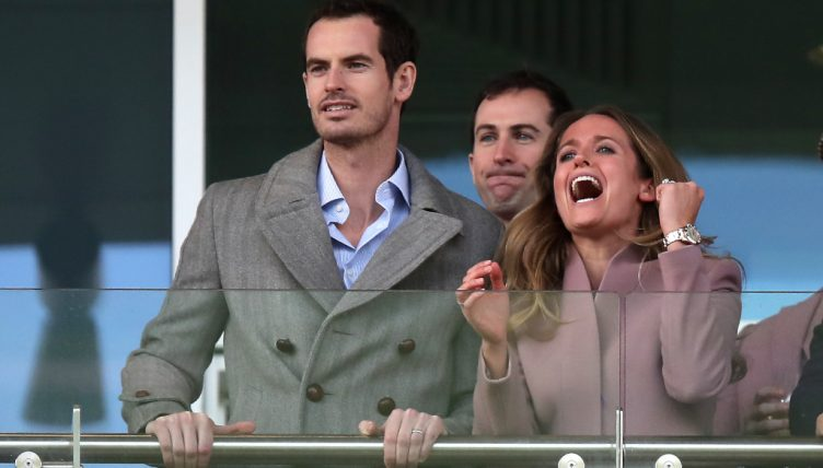 Tennis Today Andy Murray Spends A Day At The Races While Novak Djokovic Missed His Coach Tennis365 Com