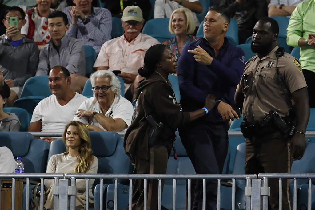 Fan removed after spat with Nick Kyrgios