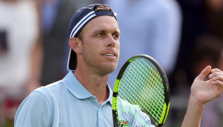 Sam Querrey applauding