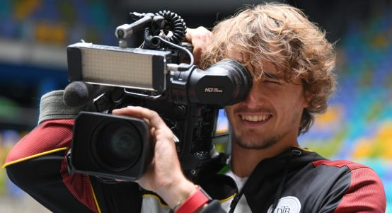 Alexander Zverev playing cameraman