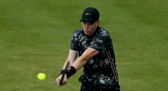 Kyle Edmund on grass