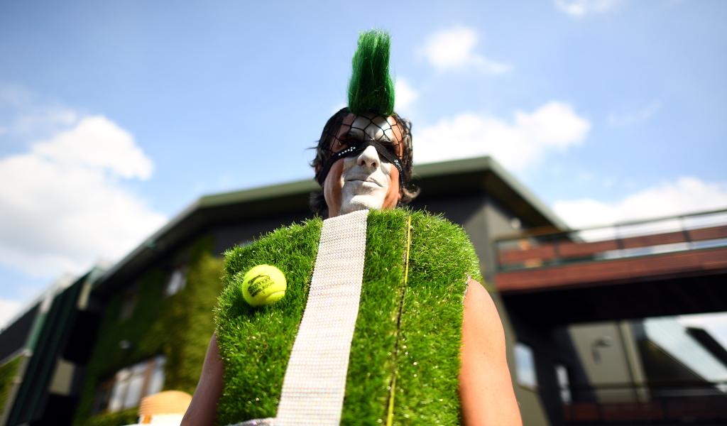 Wimbledon fan dressed up as Centre Court