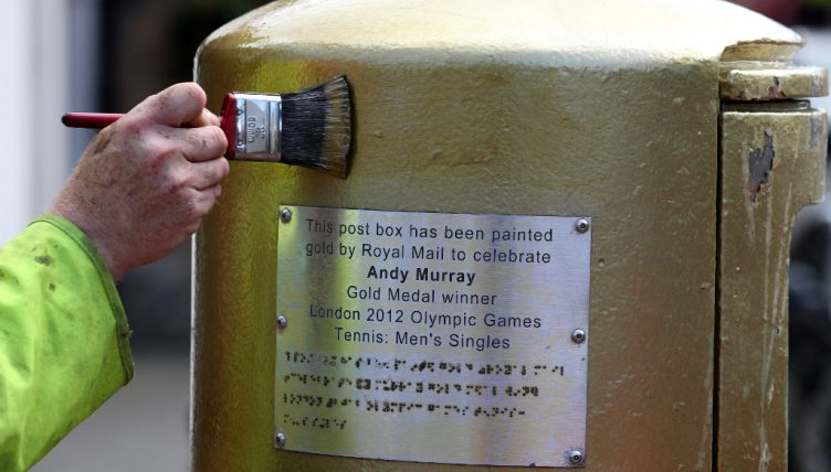 Andy Murray's gold postbox