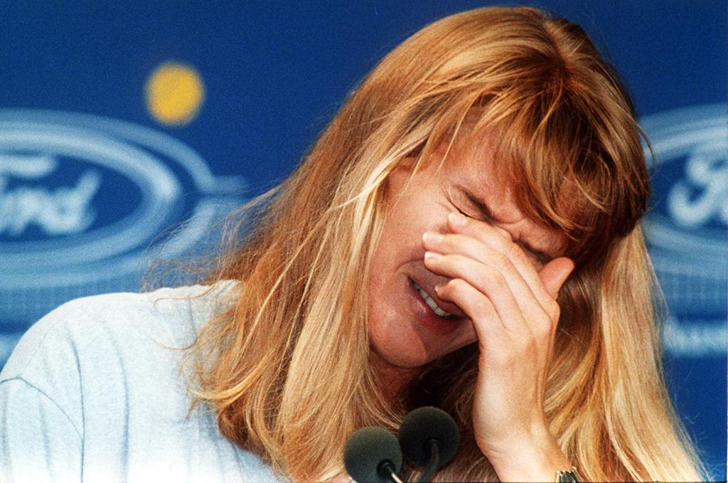 Steffi Graf crying 1993