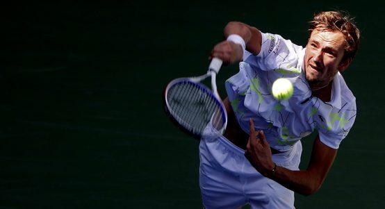 Daniil Medvedev serving at US Open