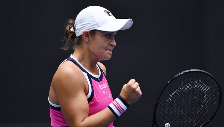 Ashleigh Barty fist pump