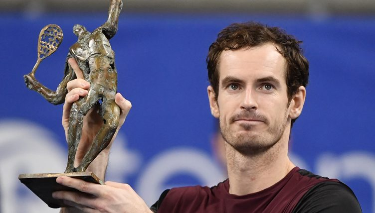 Andy Murray with European Open trophy