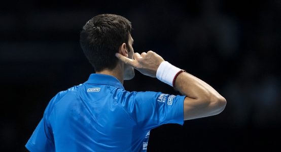 Novak Djokovic cups ear to London crowd