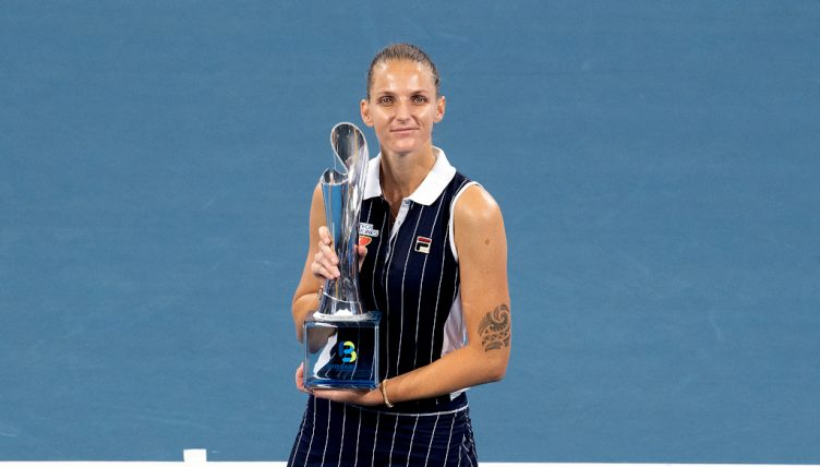 Karolina Pliskova with Brisbane International trophy