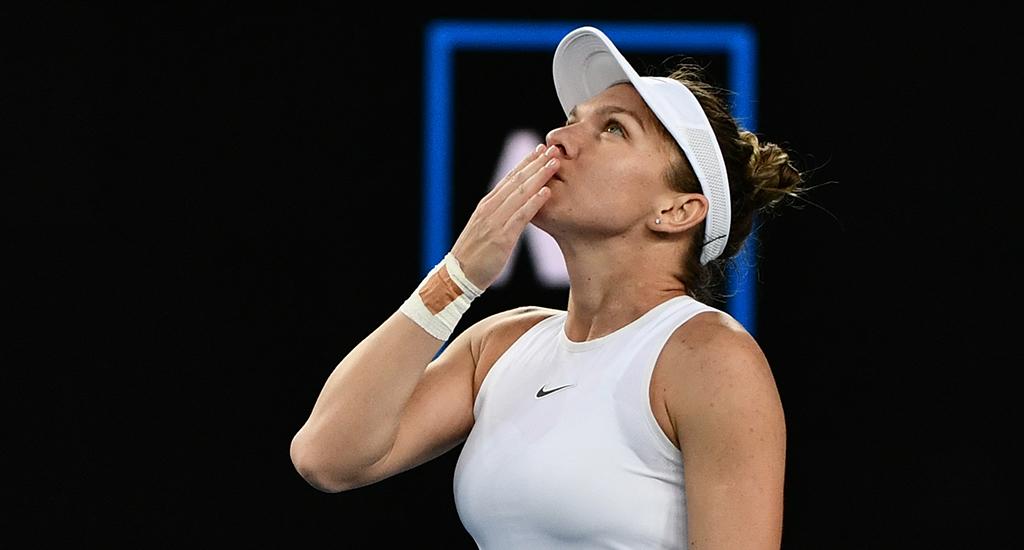 Simona Halep looking up at Australian Open sky