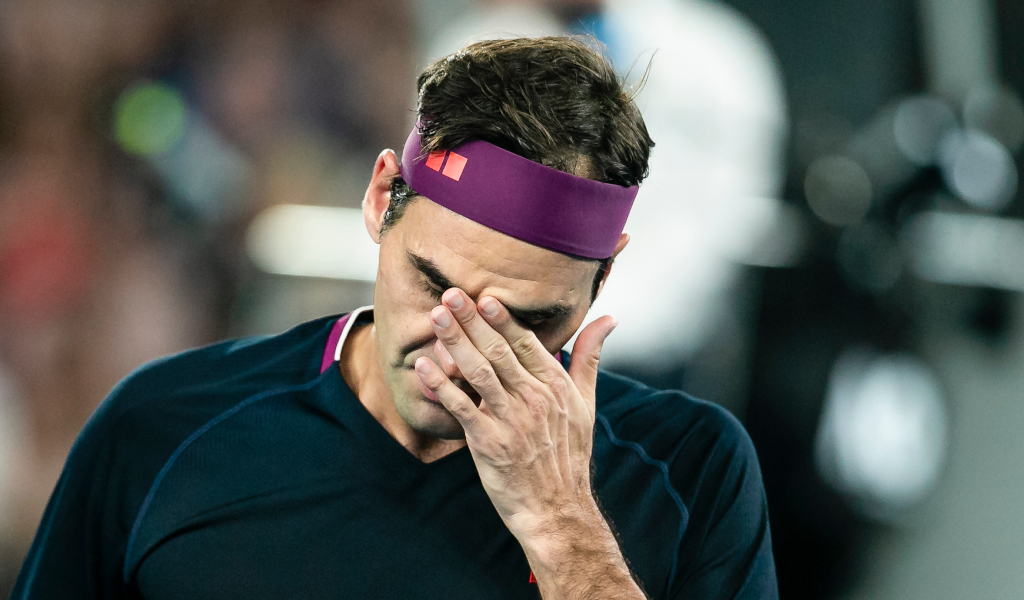Roger Federer feeling the heat