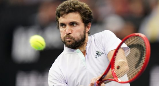 Gilles Simon in action