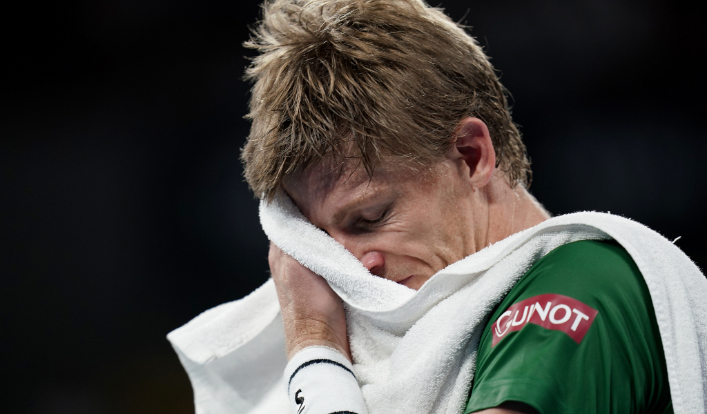 Kevin Anderson frustrated