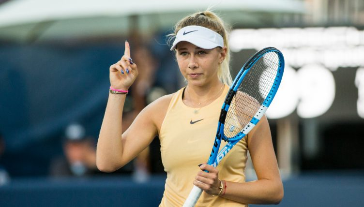 Amanda Anisimova in action