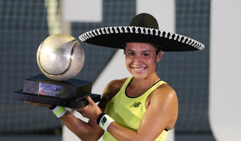 Heather Watson Acapulco trophy