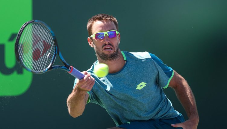 Viktor Troicki in action