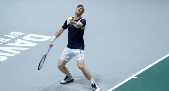 Andy Murray serving