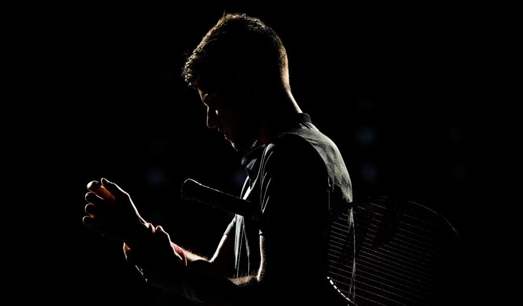 Dominic Thiem shadow