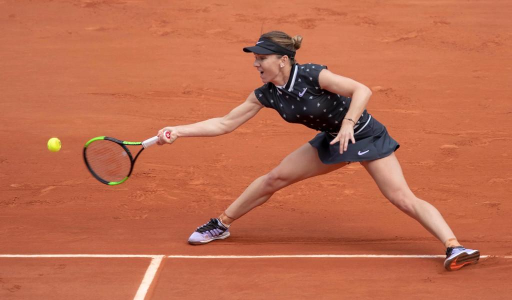 Simona Halep on clay