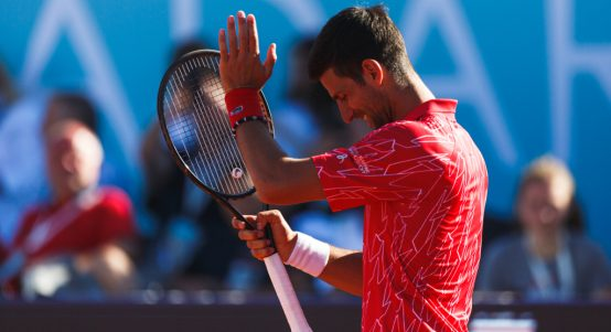 Novak Djokovic applauding