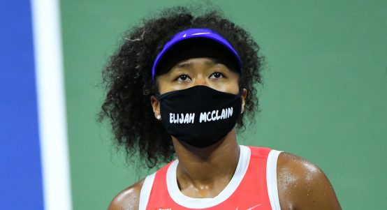 Naomi Osaka wearing an Elijah McClain mask