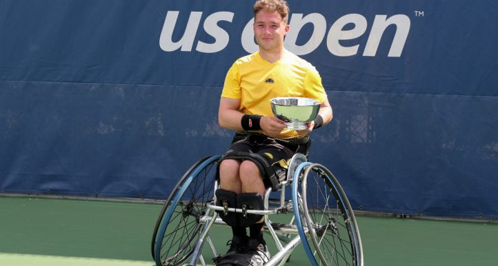 Alfie Hewett with US Open trophy