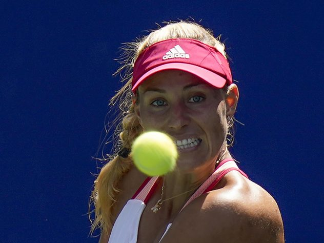 Angelique Kerber had her eyes on the prize as she advanced into the fourth round with a routine win over Ann Li